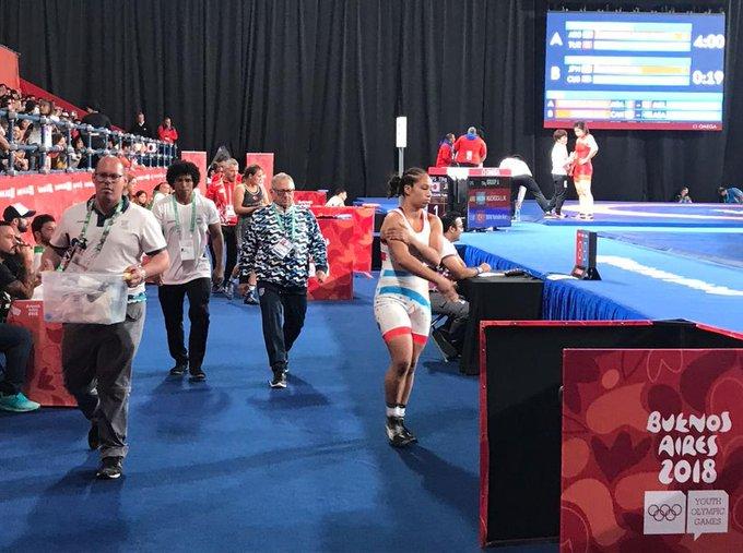 Linda Machuca da lucha en la lucha: tres de tres para la argentina en la categoría 73 kg. Ahora la sufrió la uzbeka Oknazarova (subcampeona asiática) por 10-9. Irá por un lugar en la final ante Jlassi de Túnez. Foto