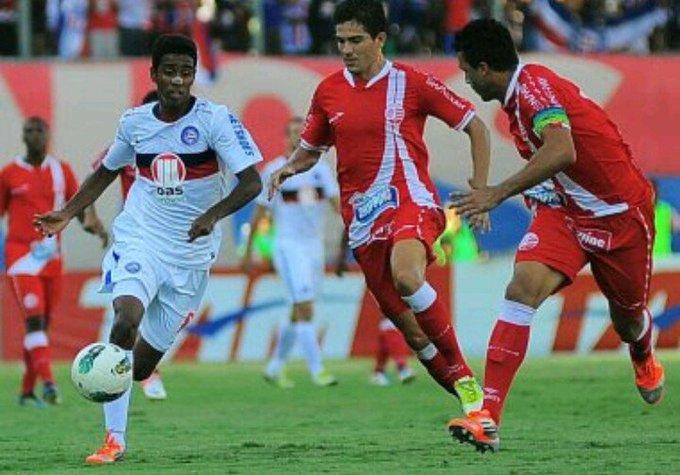Pela Série A, último jogo do @ECBahia com ingressos esgotados, em Pituaçu, foi contra o Náutico em 2012 Foto