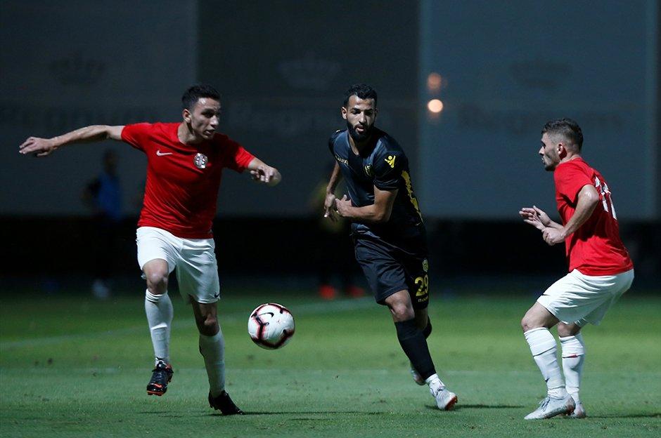 Antalyaspor: 1 - Evkur Yeni Malatyaspor: 1 https://t.co/XB2D79PyK5 https://t.co/tRXCldLXEh