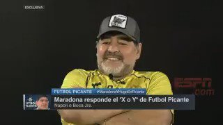 A Diego �� lo hicieron elegir entre Boca y Napoli. Esto respondió �� https://t.co/HHitA5Bclf