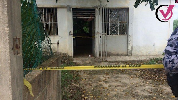 LOCALIZAN CADAVER DESNUDO DE UNA MUJER EN NANCHITAL �� https://t.co/zPNuajSutK #Xalapa #Veracruz #Coatepec https://t.co/BFXcP2ABe7
