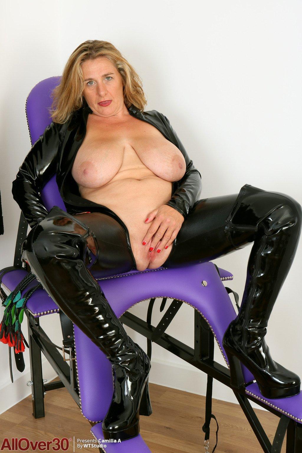 girl navel fetish