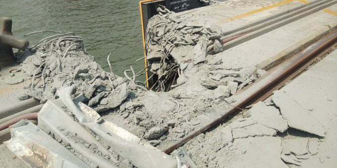 Terrible accident at JNPT happened. Have a look:  Photo