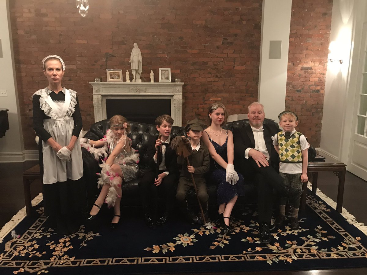 A delightful snapshot of me and my little lords and ladies. Oh, and to the left our  maid @jeanniegaffigan.  I think that is her name.