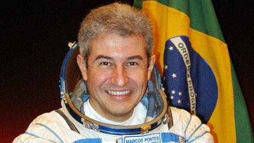 'Marcos Pontes está quase confirmado para ciência e tecnologia', diz Bolsonaro https://t.co/F7TLeYdRq2