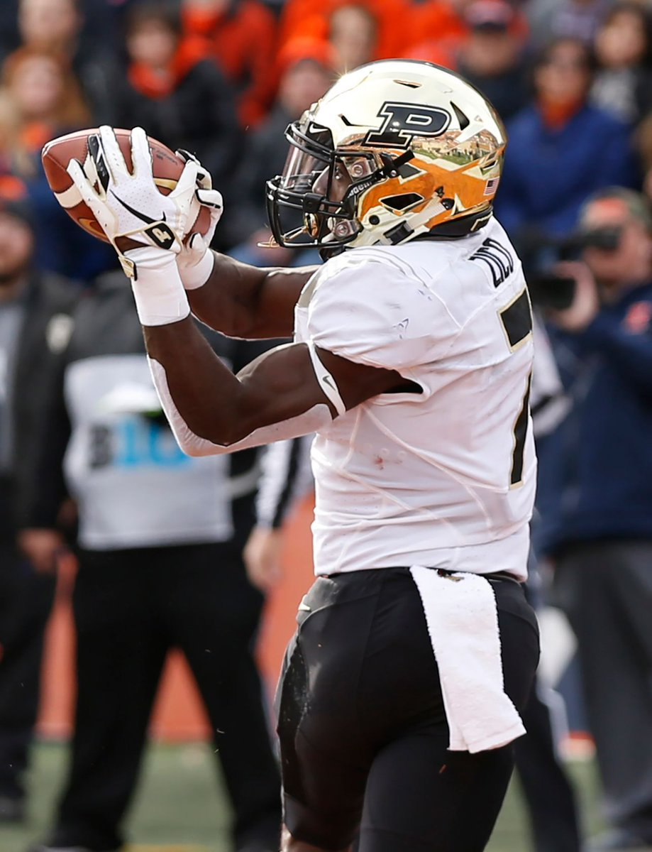 ICYMI: Isaac Zico had the breakout he'd been working for last week at Illinois. https://t.co/0dtaX0hP4d He just followed up with a nice 13-yard touchdown catch to give #Purdue a 7-0 lead on Ohio State.