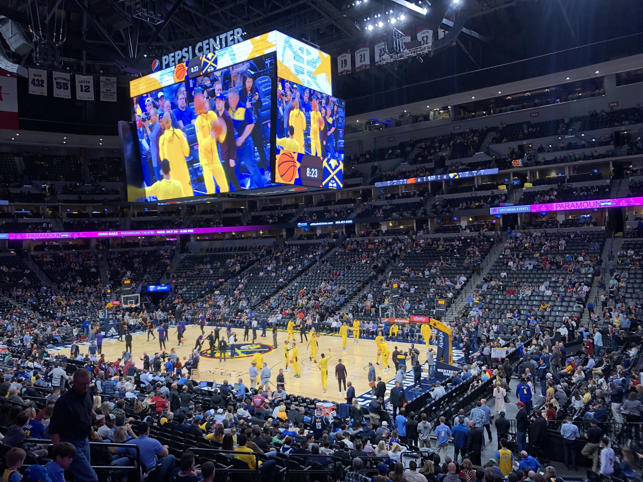 plug walk.  @nuggets #Nuggets #HomeOpener �� #NBA https://t.co/hDLQX06o4m