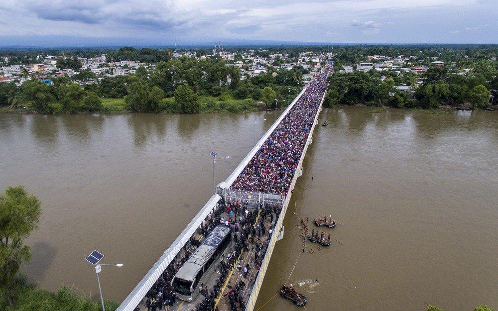 México abre fronteira a mulheres e crianças de caravana de migrantes hondurenhos https://t.co/9e6I84UyAg #G1
