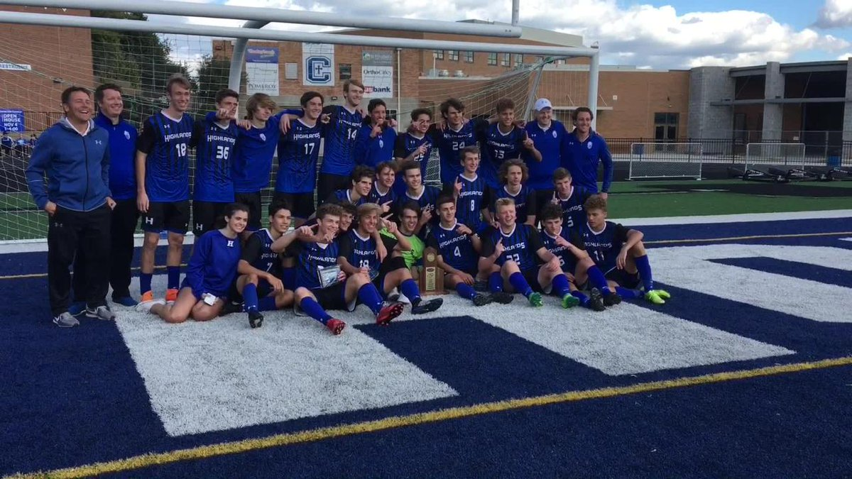 A look at Highlands celebrating both soccer regional titles this week https://t.co/WZCxENyYak