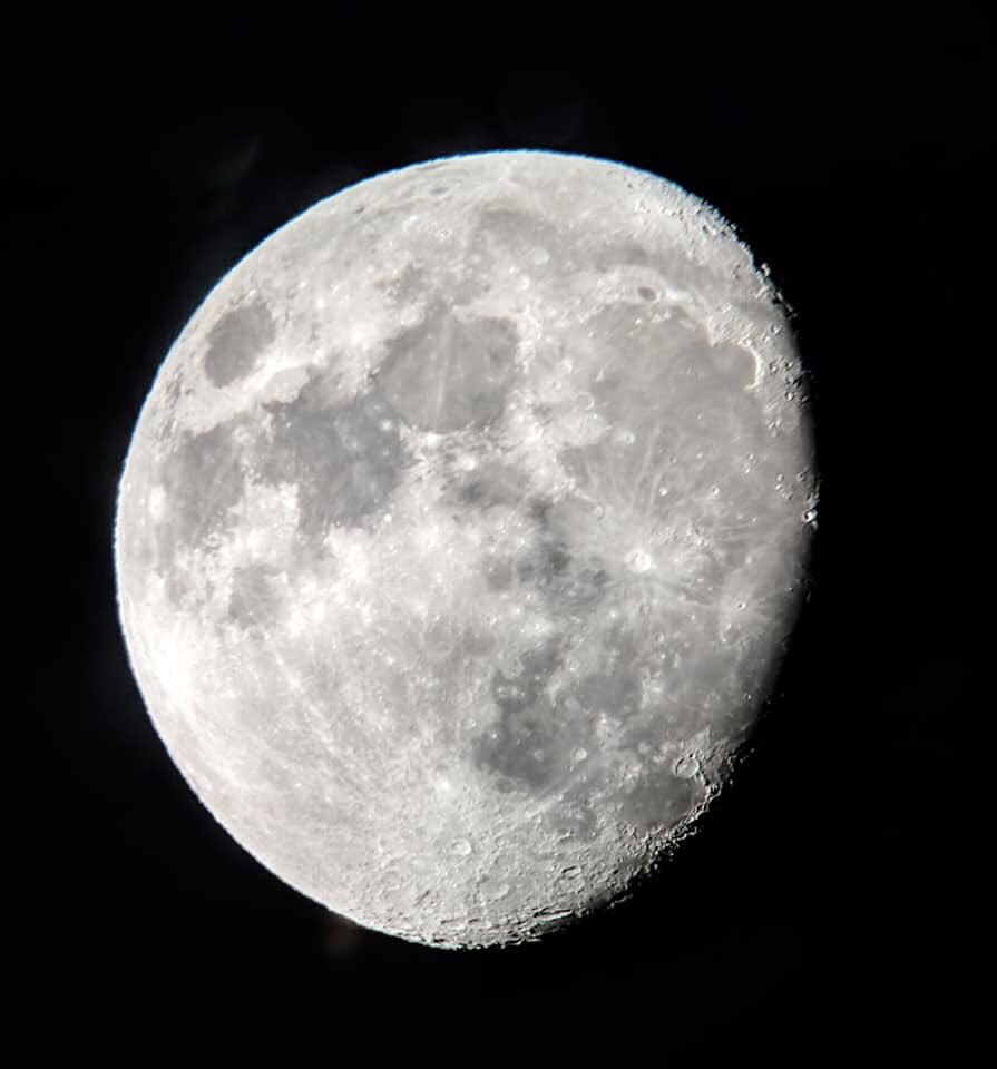 The view of tonight's Moon from our Phoebe Waterman Haas Public Observatory. Did you #ObserveTheMoon tonight? We'd love to see your pictures! (And don't forget to let us know where you were observing from.) #SIObservatory
