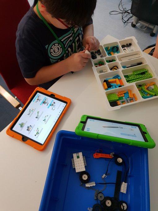 Voll dabei😊. Kindersession zu Lego WeDo #echat18 (So wenig Steine für so viel Geld🙄) Foto