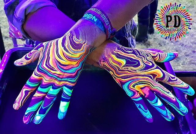 Psychedelic Dip On Twitter Give Us Your Comments On Our Uv Bodymarbling Fubl Marblingart Bodymarblinguk Psychedelic Psychedelicdip Marbling Paints Marblingpaints Bodymarblingpaints Uk Bodymarblingibiza Body Bodypaint Bodyart Https