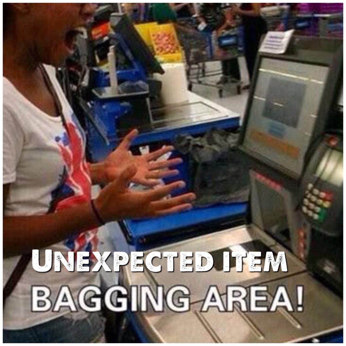 Unexpected item, Bagging area #ScareTheEnglishIn4Words
