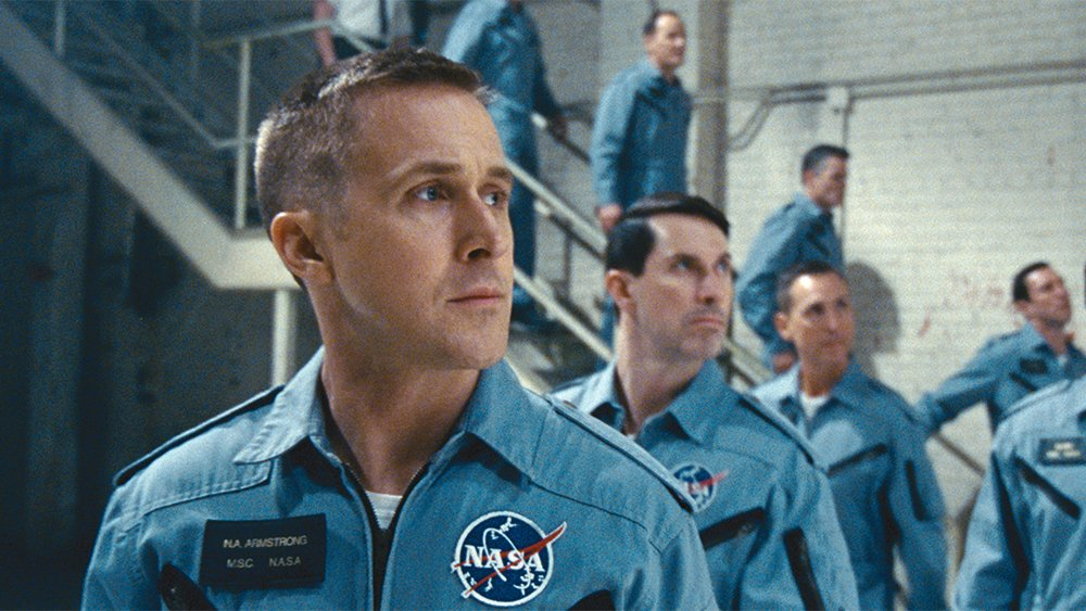 #FirstMan is launching to an estimated $16 million. Read our review of the critic's pick https://t.co/mxWj8RhciH https://t.co/uzuMUpnMn7