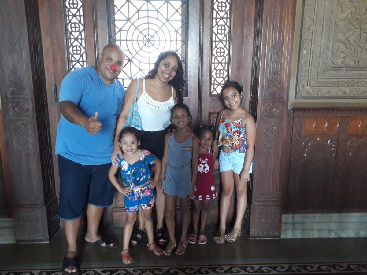 Tem criança no Castelo?  Tem, sim, senhor!  #momentoCasteloMourisco #100anosCasteloFiocruz #diadascrianças