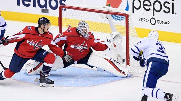 Matthews extends scoring streak to sixth game, Leafs down Capitals 4-2 Photo