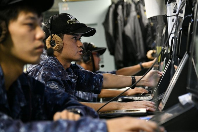 """【Indo-Southeast Asia Deployment 2018】 (13, Oct) ISEAD2018 is conducting """" Japan India Maritime Exercise ( JIMEX )2018 """" with Indian Navy Vessels in the Bay of Bengal Task Group conducted various tactical exercises including Anti-Submarine Warfare and Replenishment at Sea(RAS). Photo"""