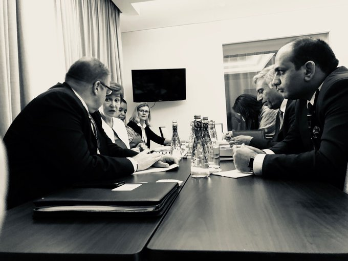 How can we be more agile in #fragile countries? My discussion with Mohammad Qayoumi, the Afghan Minister of Finance @mediaoffice_mof #WBGMeetings Photo