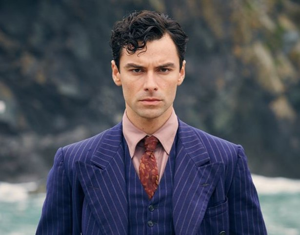 Aidan Turner as James Bond (I was trying to be a lil different and cast and actor that isn&#39;t Henry Cavill or Idris Elba. I think AT has the charisma to pull it off.) <br>http://pic.twitter.com/3xhOtlpv1h