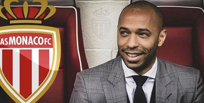 Thierry Henrry firmó contrato hasta 2021 como nuevo entrenador del @AS_Monaco_ES 👏🏻⚽️ Photo