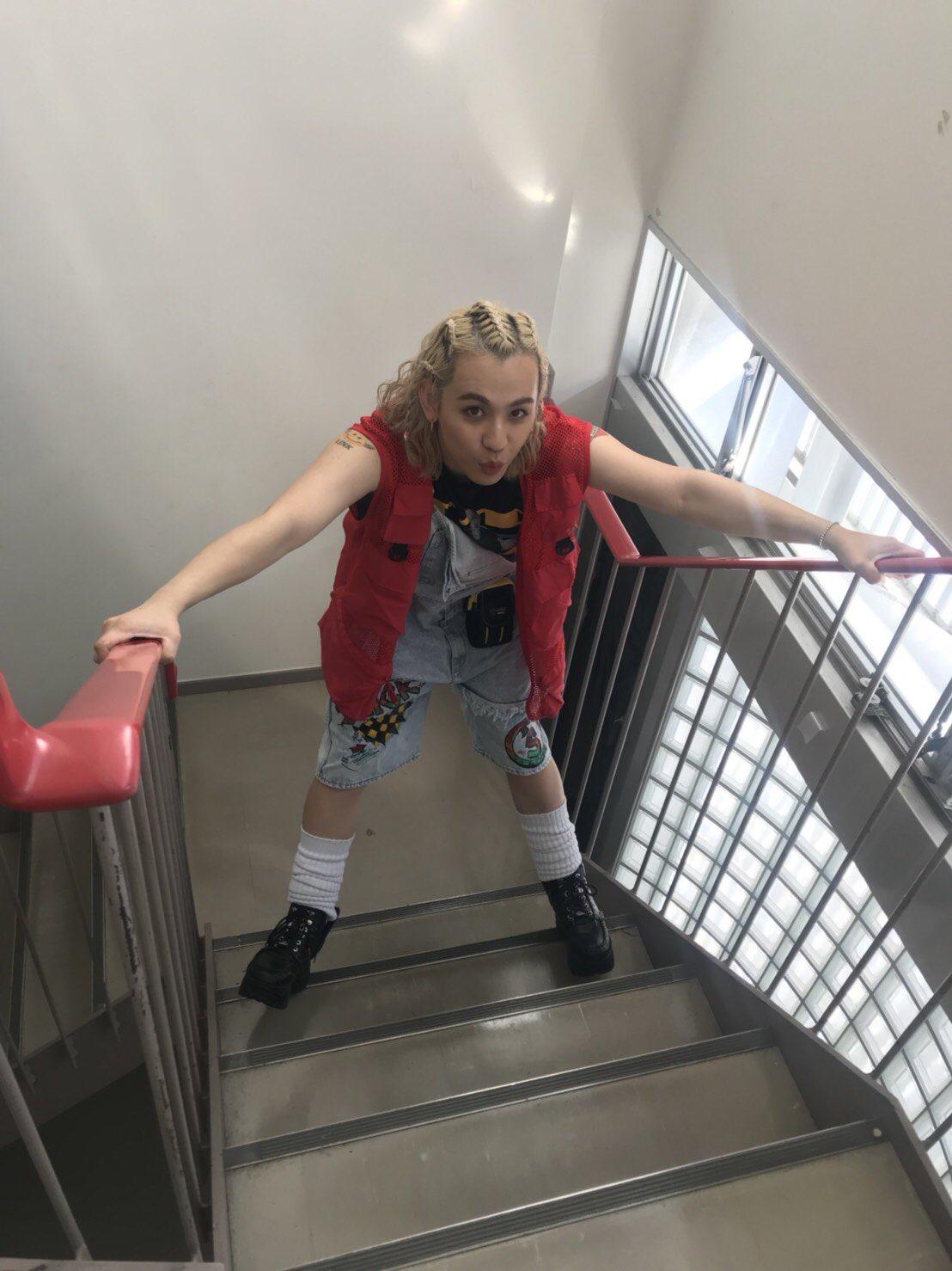 階段でのショット