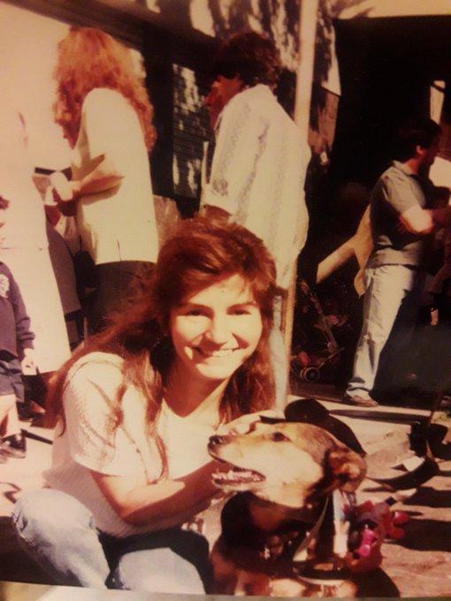 #SabadoDeFotoRetro para @LaDoorsiana . Las dos en el cielo: Silvina y Mara. Silvina mi testigo de casamiento y Mara mi compañera durante 17 años. Foto