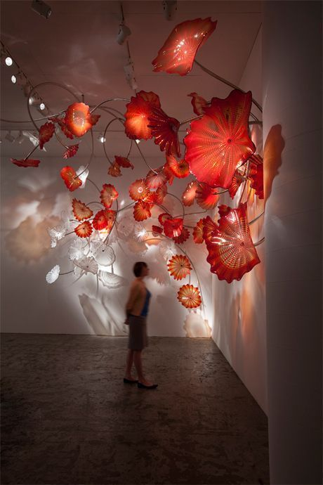 To light a candle is to cast a shadow.  Ursula K. Le Guin #writing Dale Chihuly<br>http://pic.twitter.com/r3d2CGA0ps