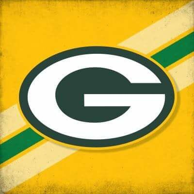 Ok so sorry but the Brewers lost 3-4 to Dodgers in Game 2 so it's 1-1 Did GreenBay Packers fans and Milwaukee Brewers fans not like that? Packers up Monday night so get ready! Photo