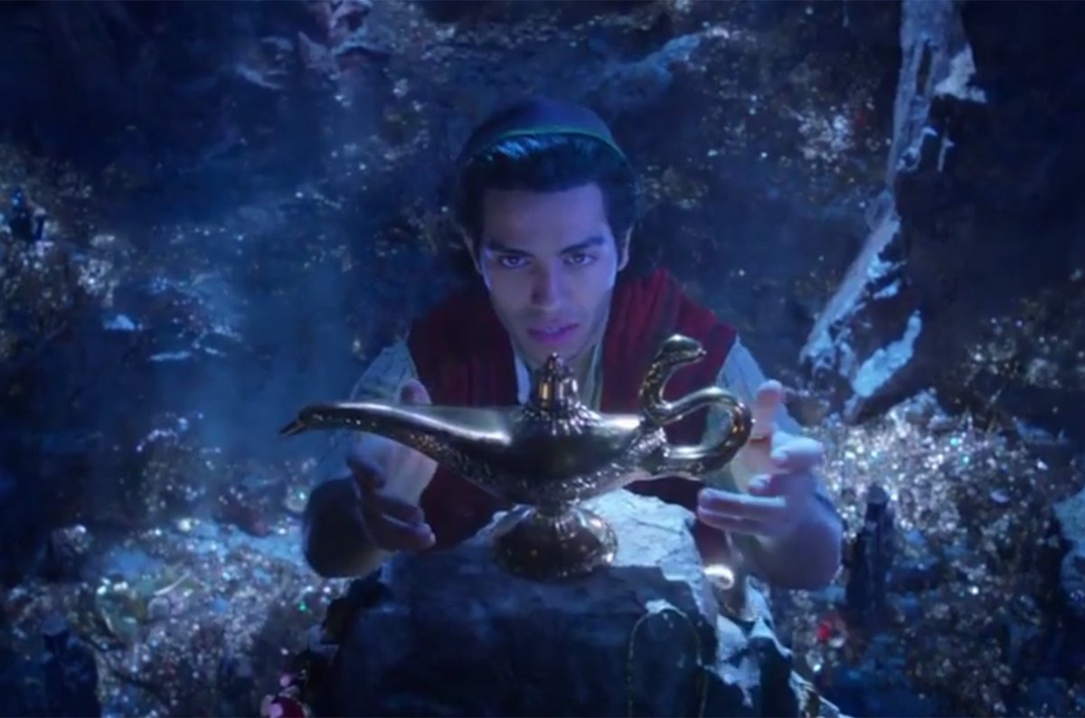 Take a look at the Disney&#39;s live-action &quot;Aladdin&quot; trailer  https:// blbrd.cm/0L0wmd  &nbsp;  <br>http://pic.twitter.com/3KZMDK1fMt
