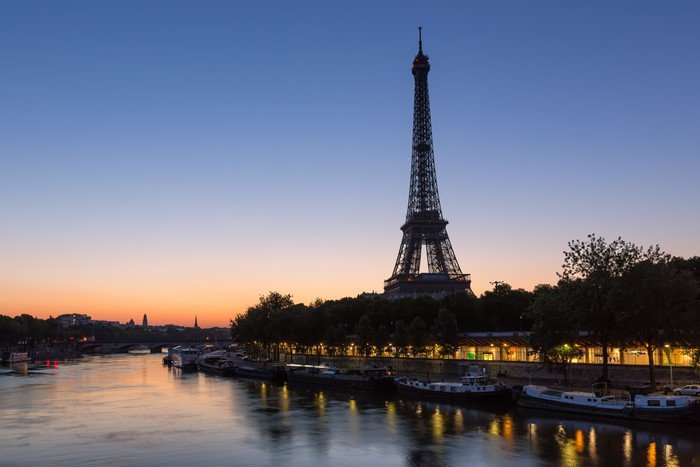 Here&#39;s a great view of the #EiffelTower at #daybreak from @ParisAMDParis:<br>http://pic.twitter.com/GGJGYoDI2A