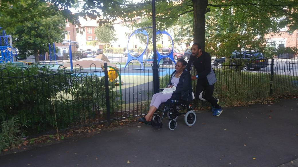 Good luck to our 4 Pembridge heroes taking part in the #RoyalParksHalf this morning! One special person, our patient Carol, is taking part in her wheelchair and being pushed by our Social Work Lead, Selwyn. Read more at https://t.co/6DnN6DiK1V