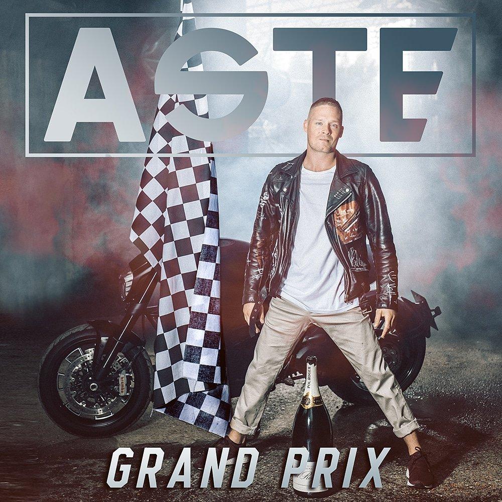 It's Album Time 💥💥💥💥💥  Grand prix 2.11. https://t.co/J1MZIctoPE
