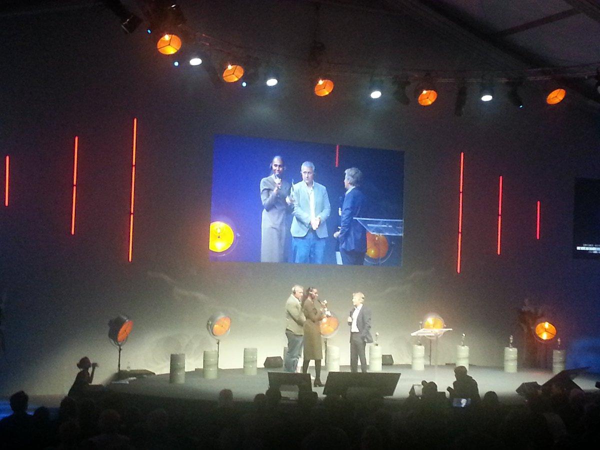 @NimaCNN, Alex Platt et @rajarazek récompensés hier soir dans la catégorie Télévision, Prix @amnestyfrance Leur reportage diffusé il y a quelques mois sur @CNN avait révélé au grand public la vente d\