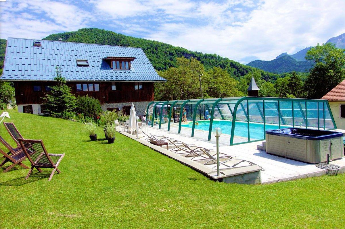 Les Gîtes du Chalet de l'Arclosan à Saint Ferreol en Haute Savoie sont à découvrir sur  http:// www.trouverunechambredhote.com/fiche.php?aid=455#HauteSavoie #Vacances #Séjours #Hébergements #Gîtes  - FestivalFocus