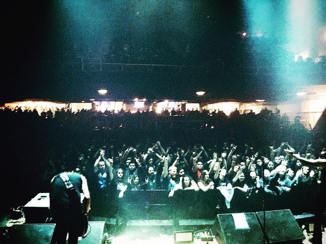🇺🇸 Thank you Worcester! #amorphis #queenoftimetour #darktranquillity #moonspell #omniumgatherum https://t.co/JVEjwCZm2f
