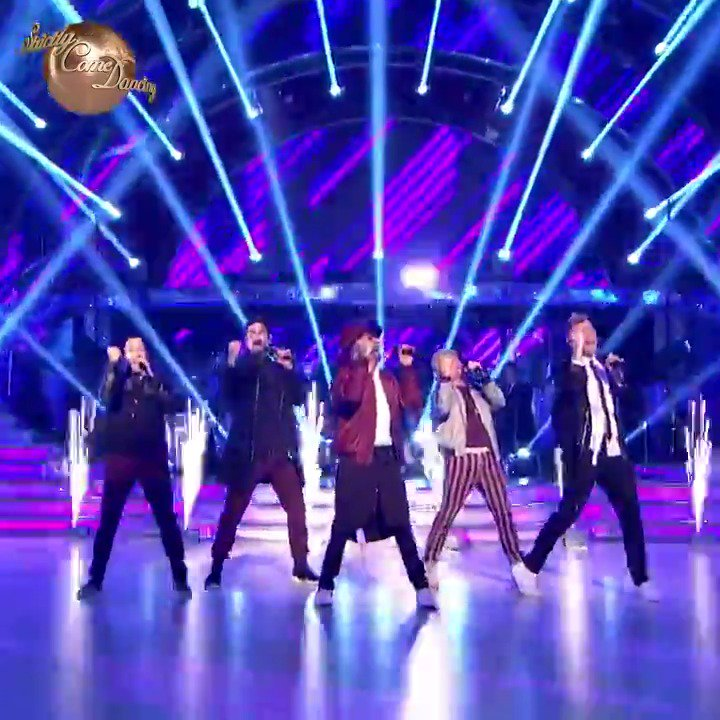 Make some noise for @BackstreetBoys 👏🎉😃 #Strictly