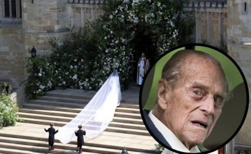 How Prince Philip Was Kept Alive For One Last #RoyalWedding — The Drugs That Allowed Him To See Princess Eugenie On Her Big Day! bit.ly/2ITnHpZ