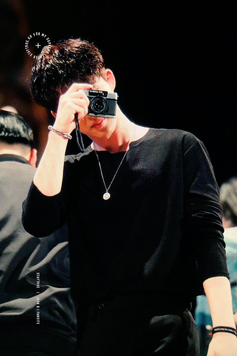 @ikon_shxxbi my one and only fansite   #ikonicselcaday<br>http://pic.twitter.com/Y1P3XYn8D5
