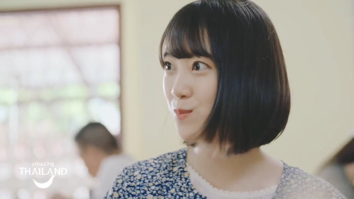 富田鈴花 谷間