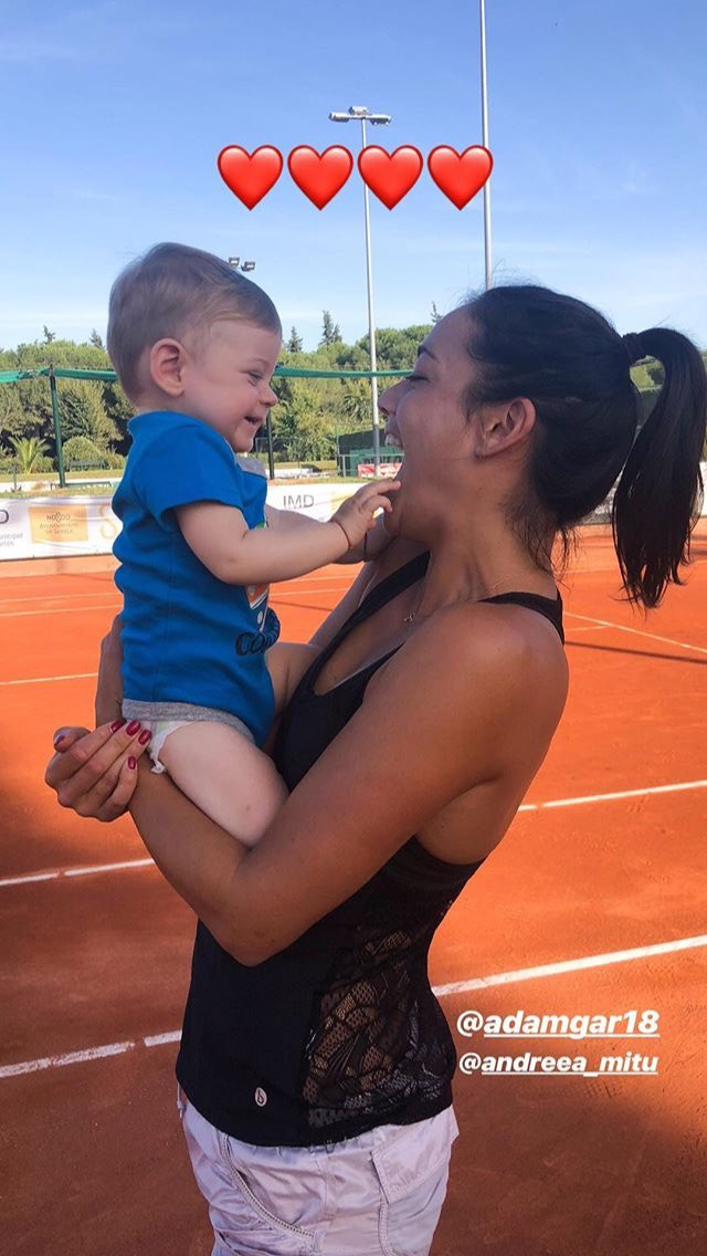 Alizé and Adam, Andreea's son. How cute ♥️👶🏼