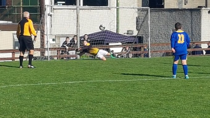 Baldoyle Utd win U12 Final on pens! Cracking Cup Final ended 5-5 AET. Hassan Shawqi with winning penalty. Cole Jones with 2 pen saves. Well done to @KinsealyUnited Great game. @gbrady79 Photo
