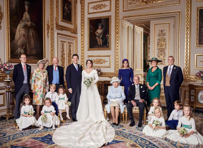 One final look at the wedding of HRH Princess Eugenie and Jack Brooksbank, as the official pictures are released. We wish the newlyweds the happiest of futures. Congratulations! #RoyalWedding. 🥂 Photo