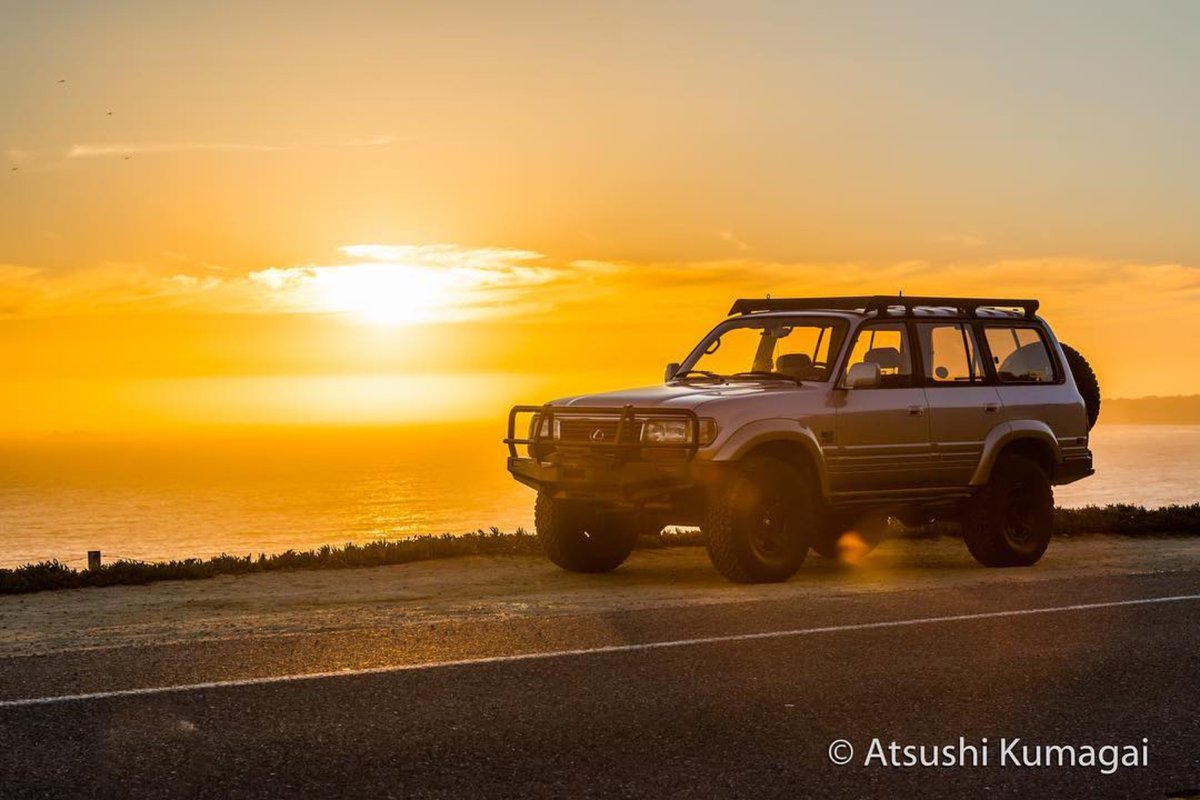 """Catching a nice #sundaysunset  #Repost @sir.campalot  ・・・ """"It is almost impossible to watch a sunset and not dream."""" -Bernard Williams #sunset #dream #nikon #goldenhour #california #californiacoast #lx450 #landcruiser #lexus #d800 #overland #pch #quotestoliveby #cruisergearpic.twitter.com/kb53xZDhVX"""