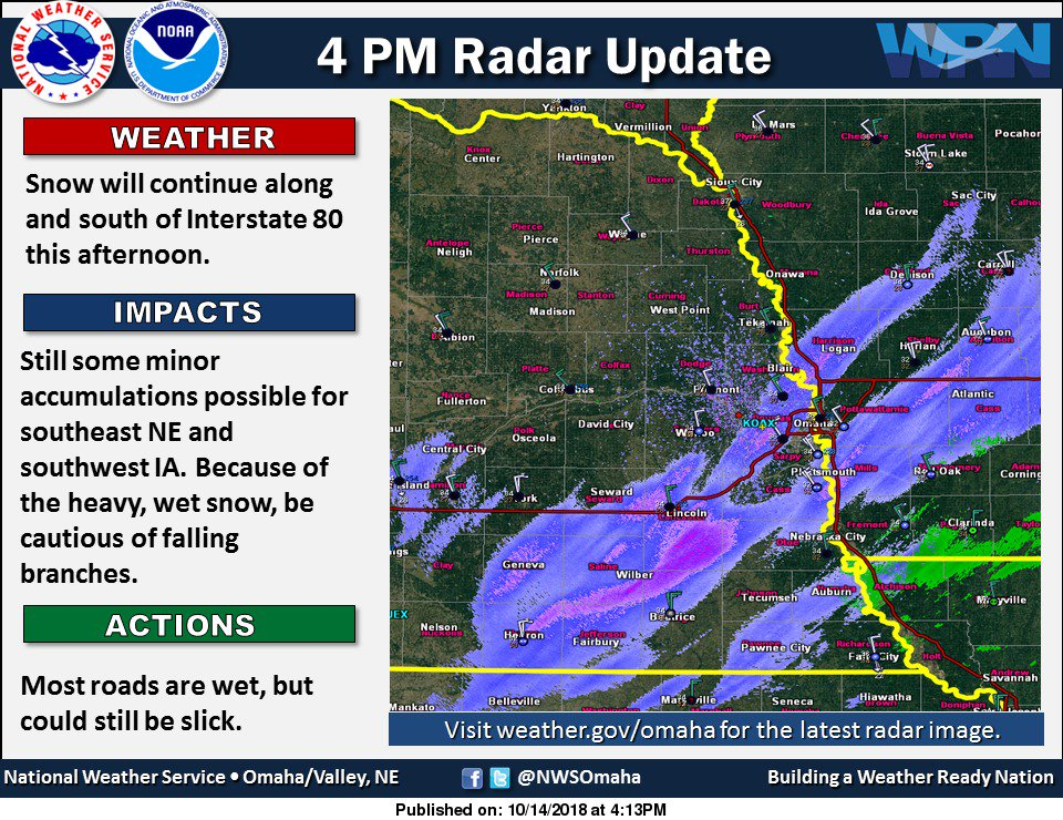 4 pm radar: Snow along/south of I80. Watch out for falling branches from the heavy, wet snow. #newx #iawx