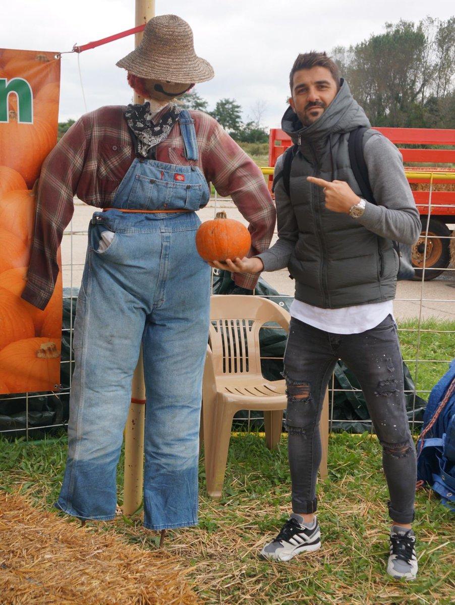 Thanks for the pumpkin my friend!!! 😜🎃 🌾 #Fall #Halloween2018 #Farm