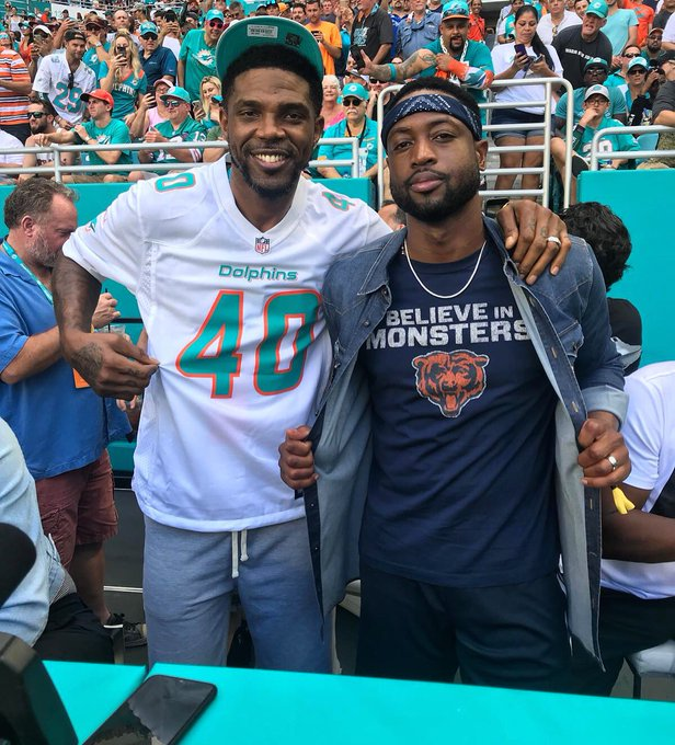 We can only imagine the back-n-forth between these guys today! #SundayFunday @MiamiDolphins vs @ChicagoBears #CHIvsMIA Photo