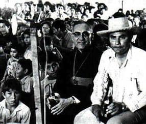 Oscar Romero, santo y mártir de Latinoamérica. https://t.co/ymkkYqnPgB