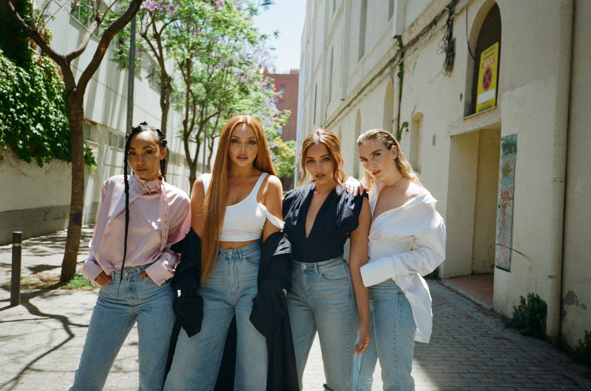 The love you guys have shown us this week has been mind blowing... Thank you ♥️ #WomanLikeMe is out now! https://t.co/bpRKID5WX0 x the girls https://t.co/VQbb8cuUkq
