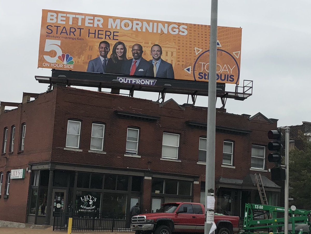 I passed it three times Friday before noticing it Saturday. Check out the #TISL team in the heart of South City at the intersection of Kingshighway and Devonshire! <br>http://pic.twitter.com/T1pckt37Mk