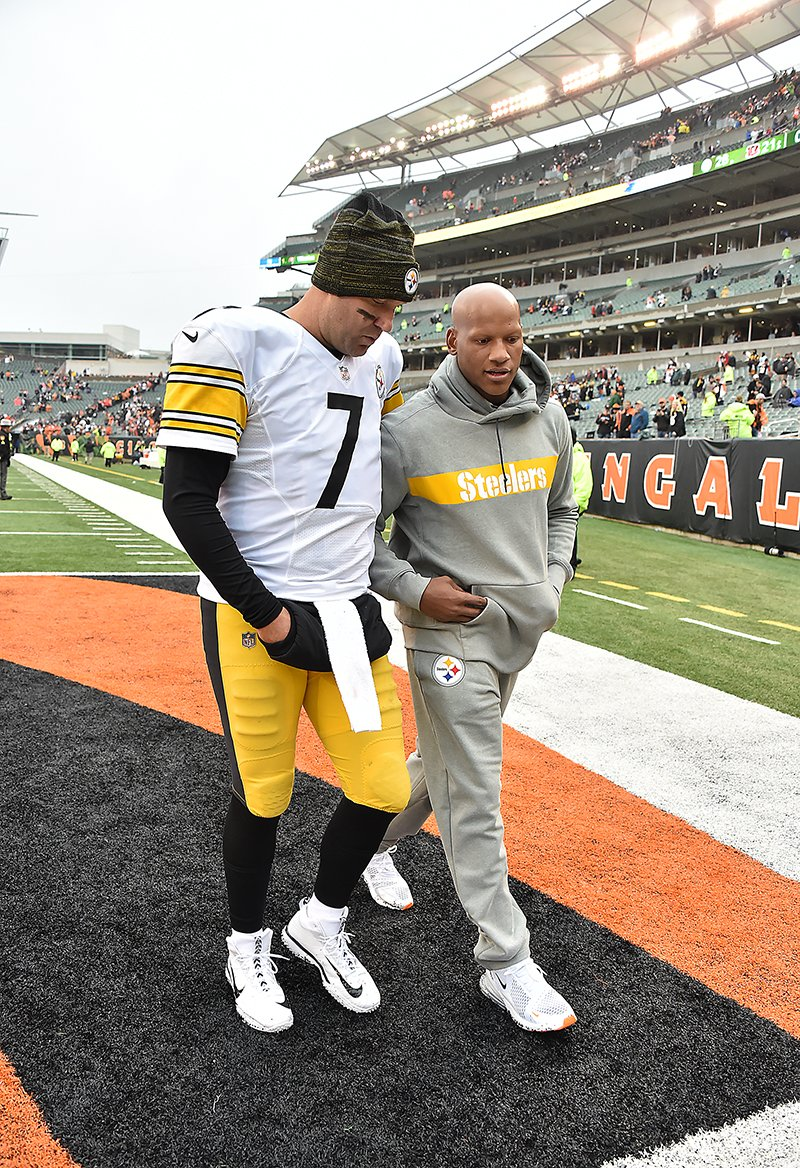 Pittsburgh Steelers Ben Roethlisberger walks off the field with Ryan Shazier after beating the Bengals Sunday, Oct. 14, 2018, at Paul Brown Stadium in Cincinnati Ohio. <br>http://pic.twitter.com/ACN2sMNx4T
